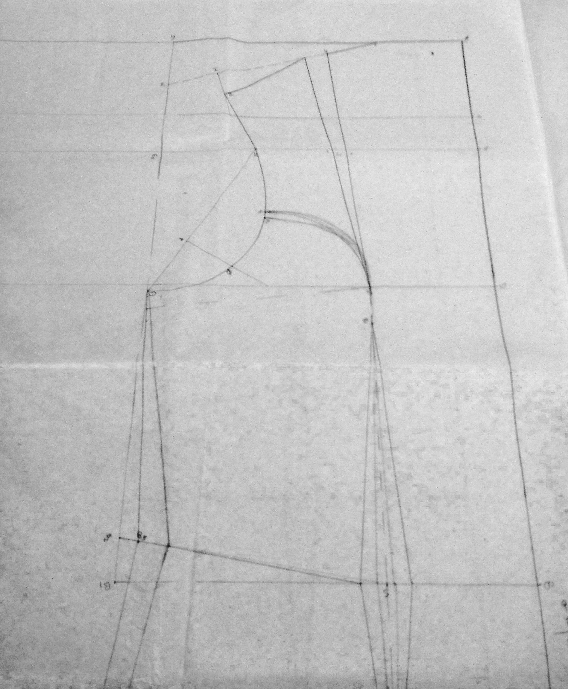 Abito svasato  creazione del cartamodello  541cb1b9f0f